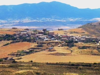 Imagen de Undués de Lerda desde los casales de Serramiana