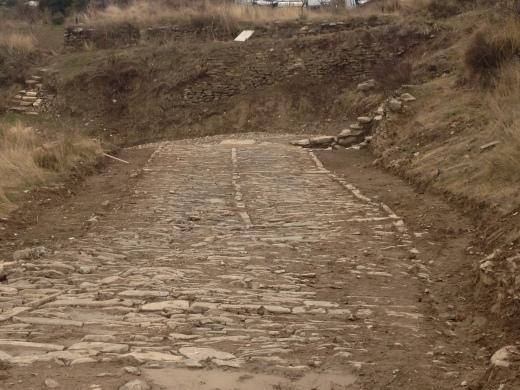 Calzada romana tramo de la Chorrota después de la limpieza