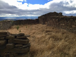 Corral de Longas de la Sierra