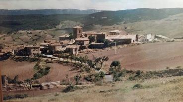 Vista de Undués en la década de los 80