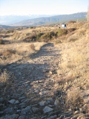 Calzada romana tramo de la Chorrota antes de la limpieza