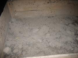 Ceniza utilizada por los tejeros para que el barro no se quedara pegado a los moldes.