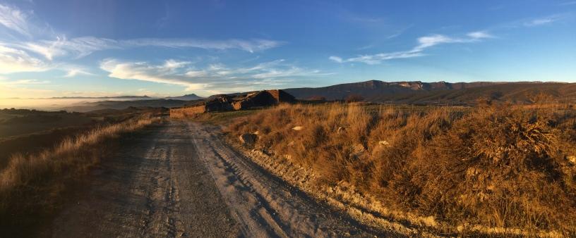 Camino de Salinas a su paso por el corral de Salinas