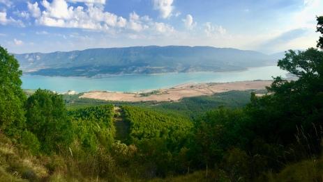 Vista del Paco de Tiermas, embalse de Yesa y Sierra de Leyre