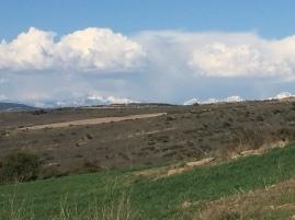 Vista de los montes Pirineos nevados desde Respún