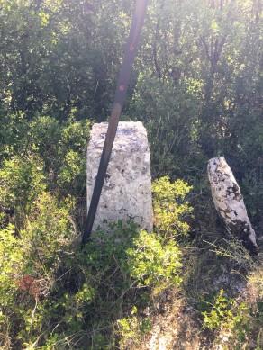 Mojon geodésico en el alto de Santa Cruz