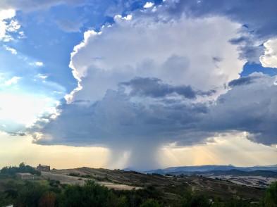 Desarrollo de nube de tormenta