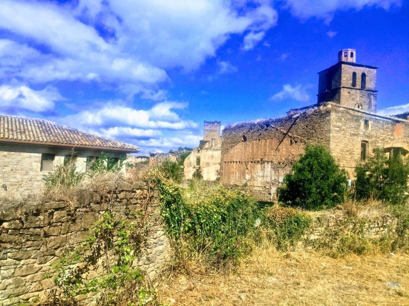Detalle de edificaciones de Ruesta